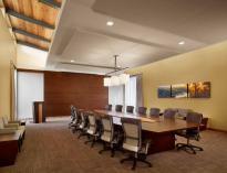 Gtf-boardroom1-1000x767